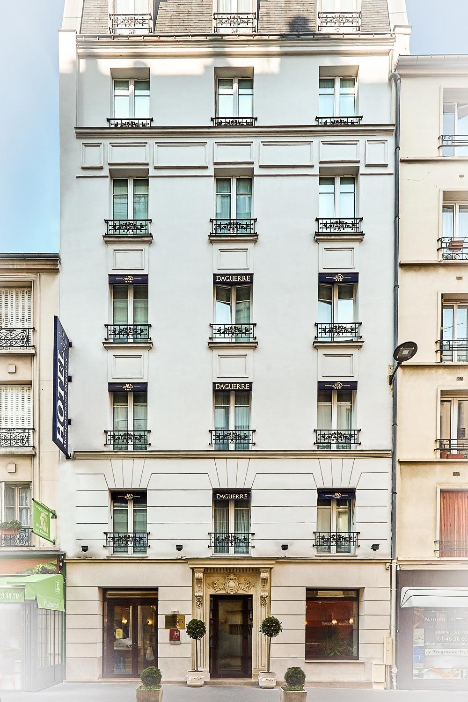 Hôtel Montparnasse Daguerre vue façade d'un hotel 3* rue Daguerre